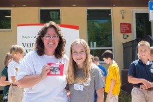 Joanna Fitzgerald, director of the von Arx Wildlife Hospital, with The Village School of Naples student, Kea Shindle.