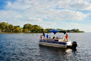Pure Florida rental boat in Edison & Ford Winter Estates Cove in Fort Myers