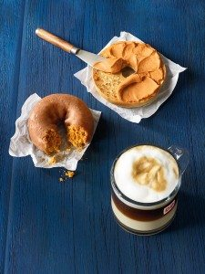 A Flavorful Fall Is Coming to Dunkin' Donuts this Month ...
