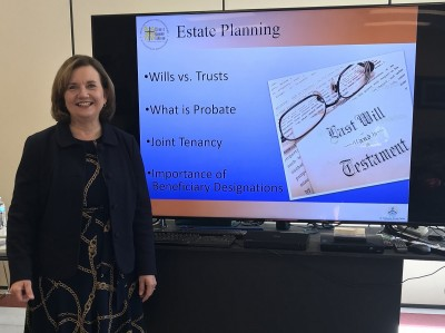 Mary Vlasak Snell presents at Life Planning Seminar