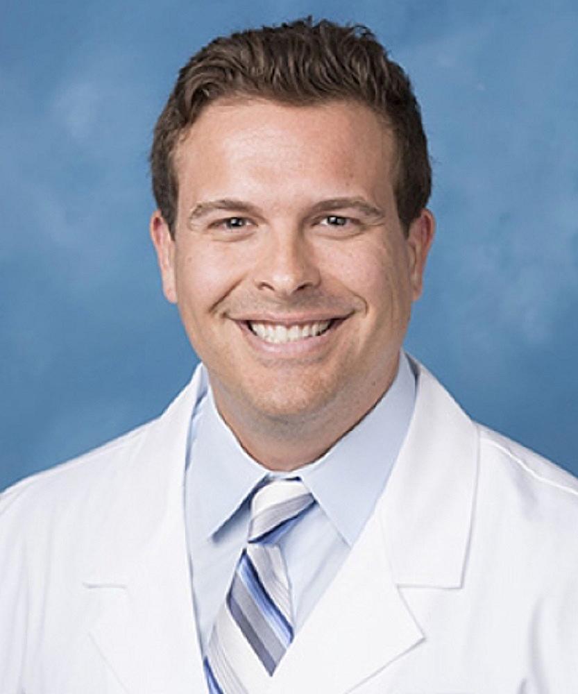 Dr. Eduardo Maristany